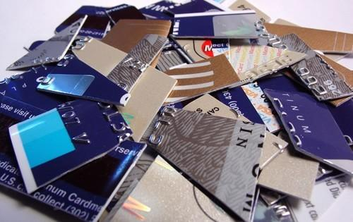 credit-cards-sliced-in-half-pile