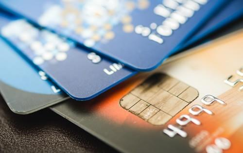 credit-cards-wallet-scattered