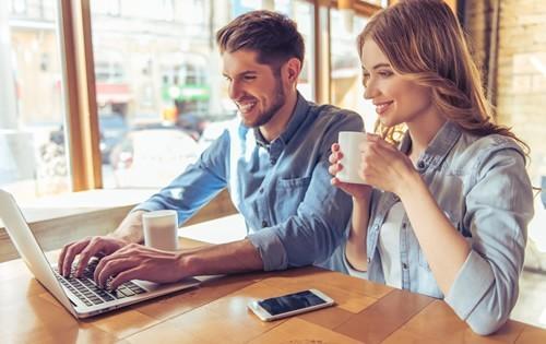 man-woman-laptop-coffee
