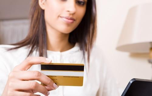 Look for These Features in a Student Credit Card