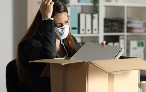 covid-woman-laid-off-work